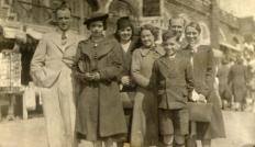 clayton family group c1927