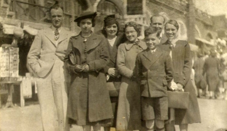 clayton family group c1927
