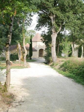View along the drive from the gîte to the main house